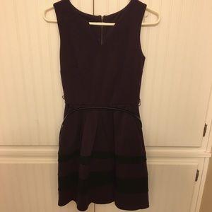 Dresses & Skirts - Ann Byer zip backed dress